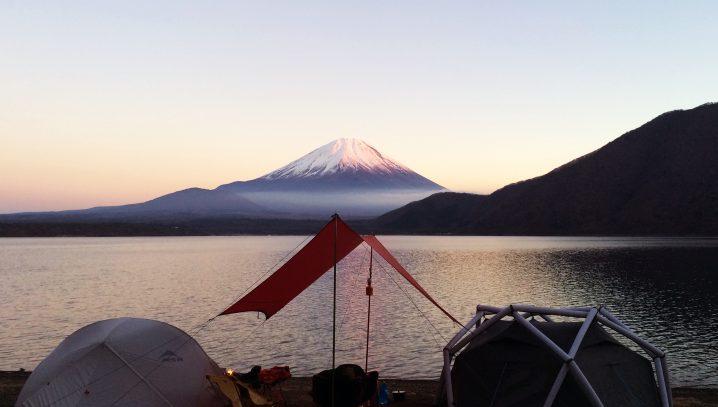 本 栖湖 キャンプ 場